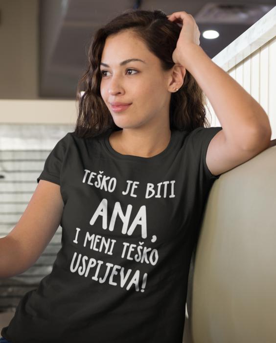 Smiješna majica teško je biti!